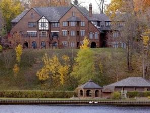 What can medical fraud buy? Well, a mansion for one