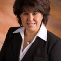 Dr Melissa Macias